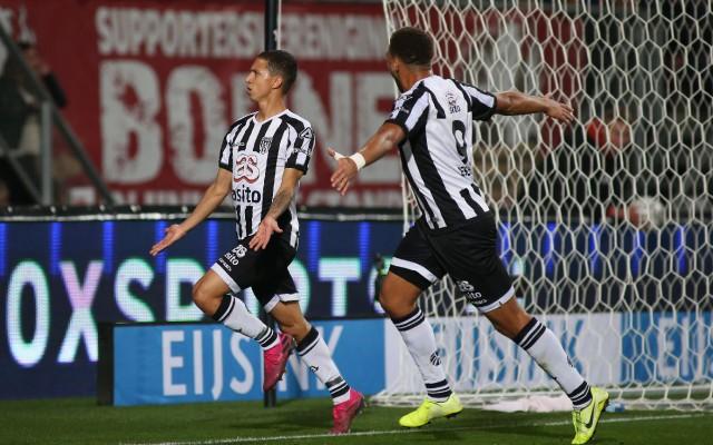 Mauro junior na zijn tweede doelpunt