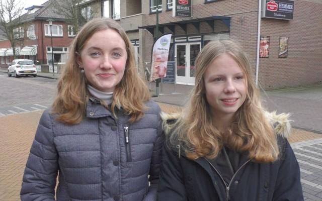 Annabel Schroer (l) en Rozemarijn Roelink (r)