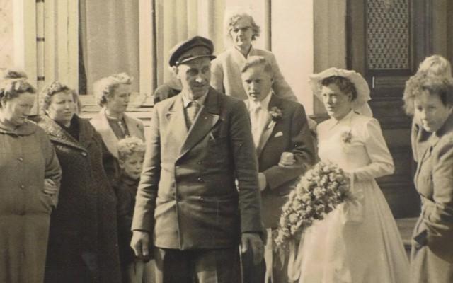 Expositie trouwen in Almelo geopend