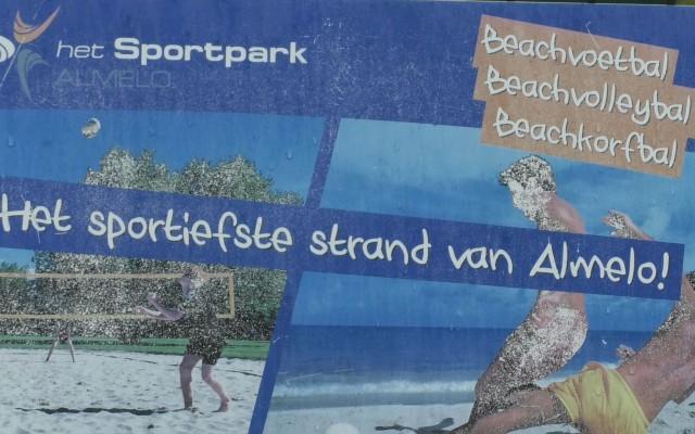 Dela Eredivisie Beach volleybaltoernooi komt toch in Almelo