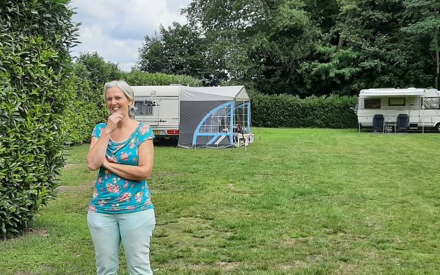 Jolanda ter Haar is al meer dan twintig jaar het gezicht van de minicamping Henderikshoeve