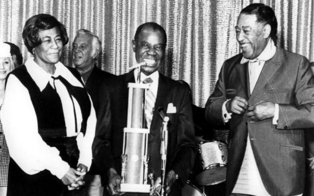 Van links naar rechts Ella Fitgerald, Louis Armstrong en Duke Ellington