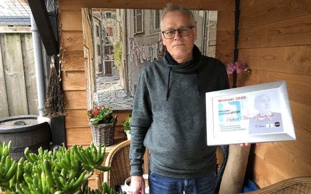 Hubert van Mastrigt met de prijs