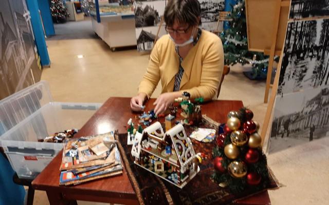 voorbereidingen voor de lego expositie