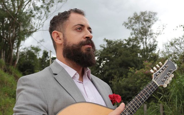 Danilo Brito op de mandoline