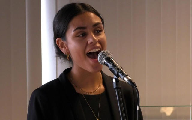 Jazz zangeres Sem Tanate