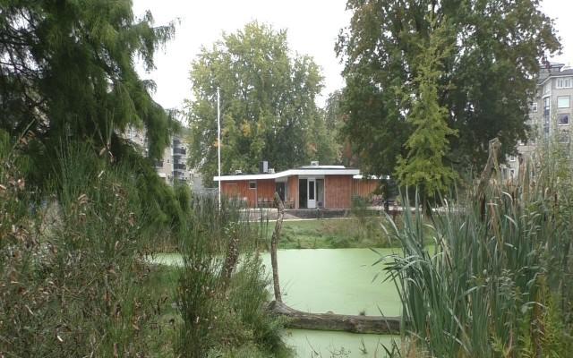 Het pas gereedgekomen paviljoen van het Natuurhus