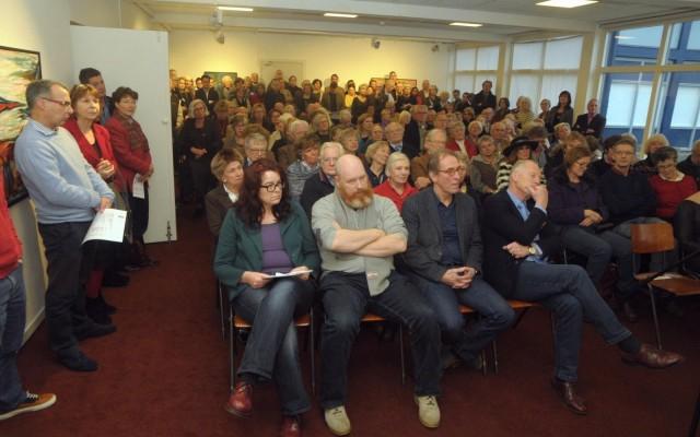 Bijna tweehonderd bezoekers woonden de opening bij.