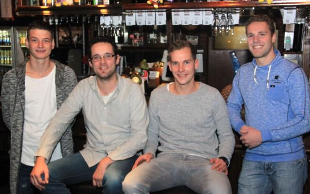 De DJ's Niek Schroten, René Stamsnijder, Sander Zwijnenberg en Peter Bolscher (vlnr)
