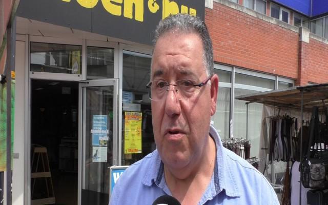 Mohammed Hassani, manager van de markt