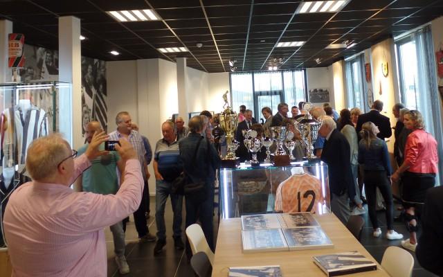 Veel bezoekers bij de opening