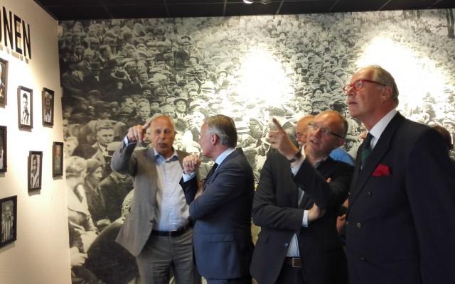 uitleg door voorzitter Jan Smit