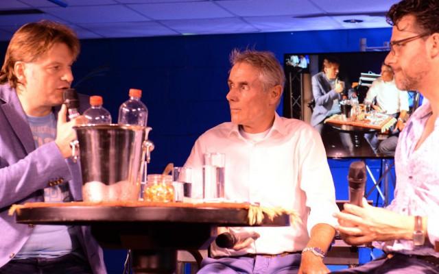 Editie Wielercafé 2016. Dit jaar ontvangt Eddy van der Ley, Joost Posthuma en Eddy Planckaert.