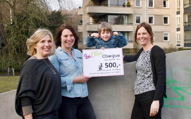 Cheque van 500 euro voor Doepark De Hagen