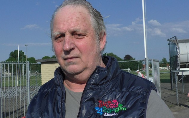Wim Gerritse, mede organisator van de Almelose Wandelavondvierdaagse