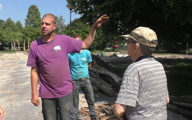 Projectuitvoerder Hans te Loo legt uit