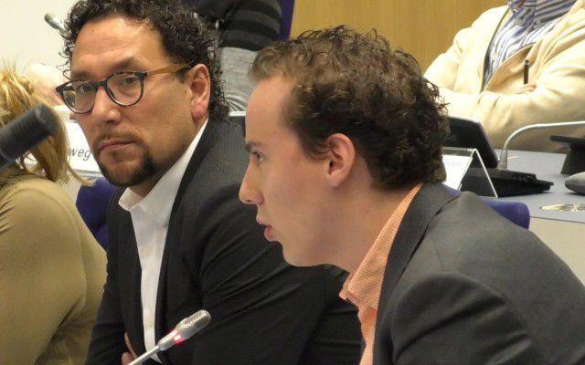 (r) Beoogd wethouder Arjen Maathuis, (l) Willem Loupatty