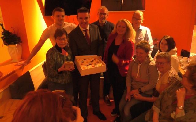 Waardering en taart van de gemeente