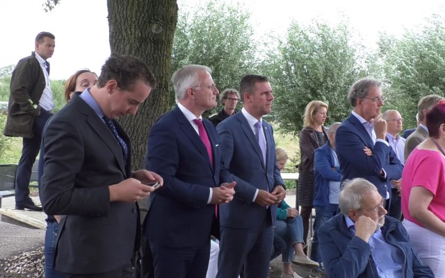 Wethouder Maathuis, burgemeester Gerritsen  en wethouder Van Mierlo
